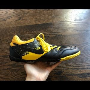 Nike 5 Bomba TF Soccer Shoes 8 Yellow 415130-707